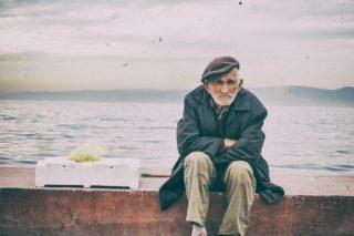 staruszek starość morze