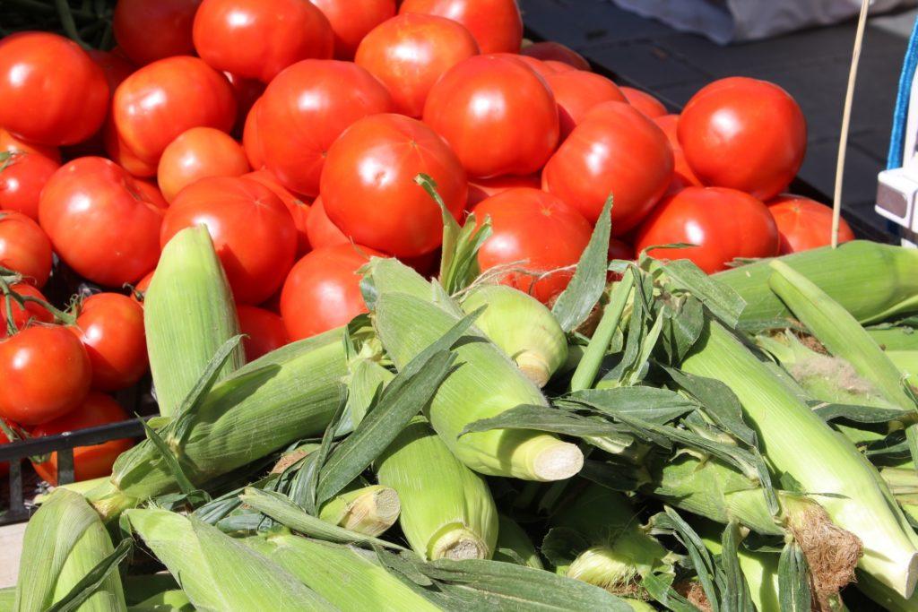 warzywa, pomidory, kukurydza, rolnicy, targ