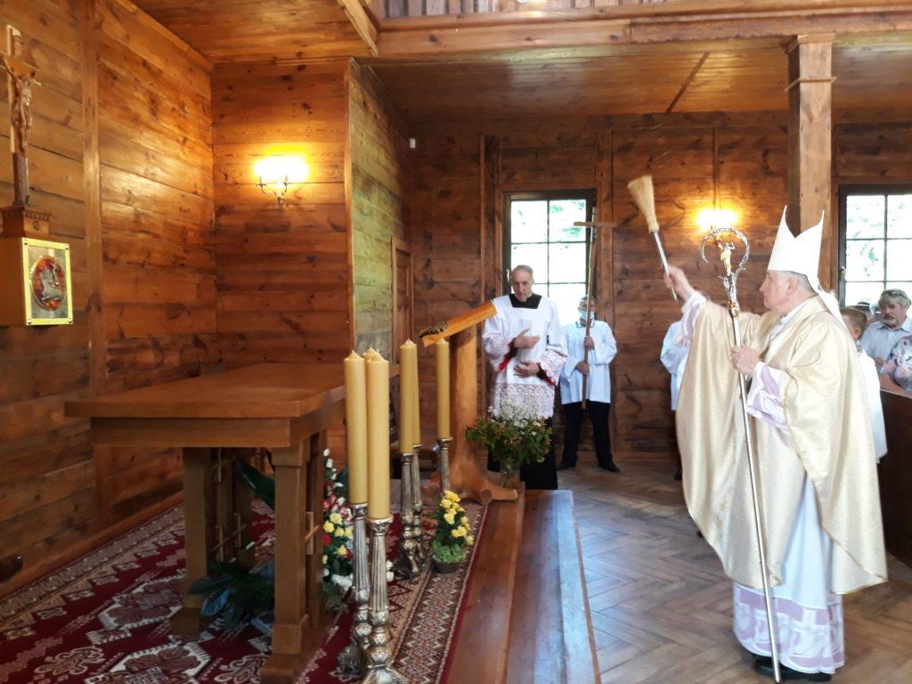 Poświęcenie kościoła rektoralnego w Ostrówku