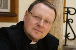 ks. Jacek Grzybowksi